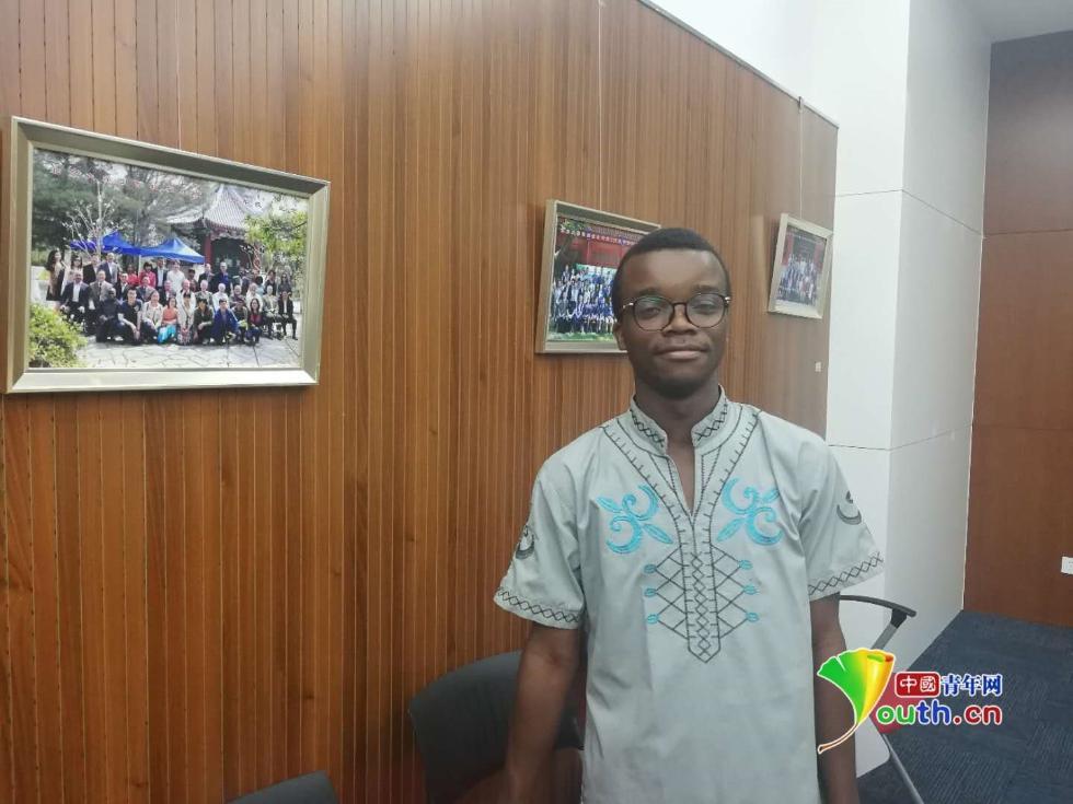 非洲青年学子:对中非合作论坛北京峰会充满期待