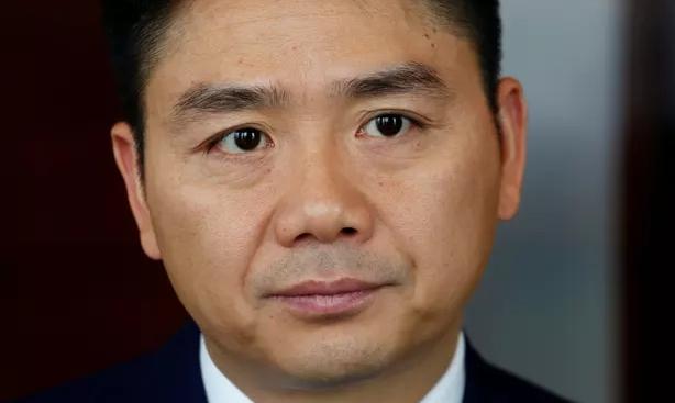 刘强东涉嫌性侵案:已获释 周二将通知审理时间