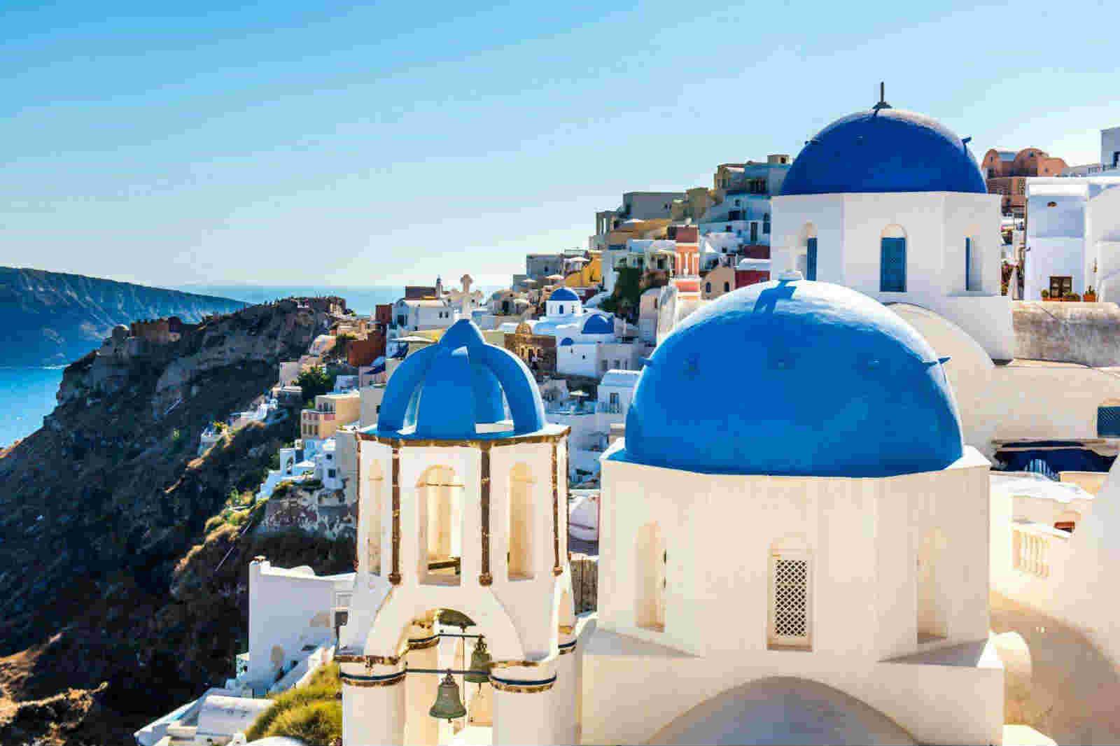不堪负荷!希腊圣托里尼岛将限制游客数