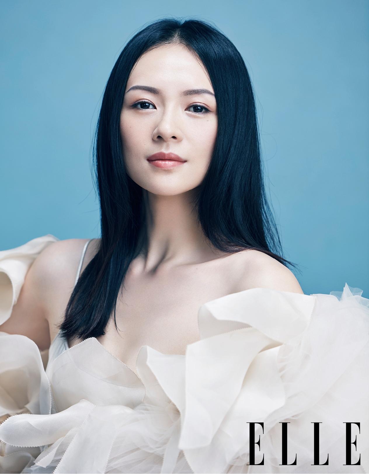 章子怡岁月流逝容颜不老 登上杂志30年周年刊