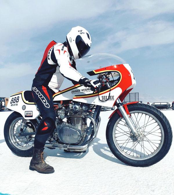 英酿酒师用伏特加废料当燃料 刷新摩托车速纪录