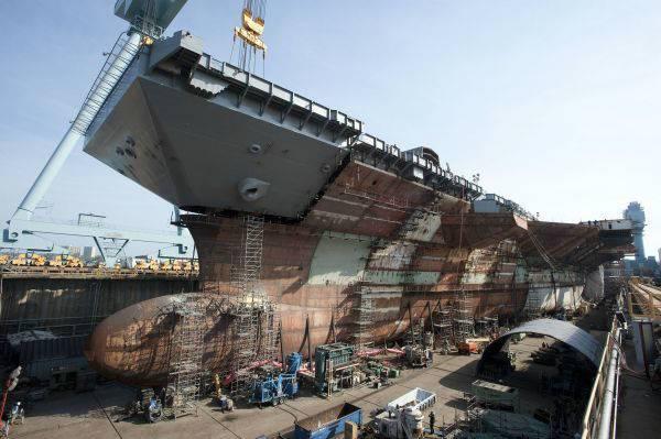 美媒:肯尼迪号航母建造过半 有望提前下水