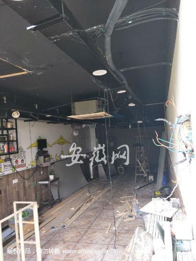 合肥小吃店煤气瓶爆炸 无人员伤亡周边商铺被连累