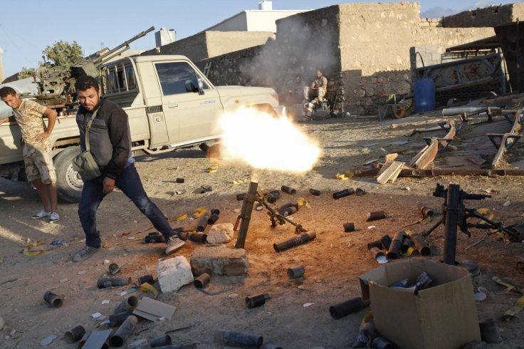 利比亚首都敌对武装爆冲突 400名囚犯趁乱越狱