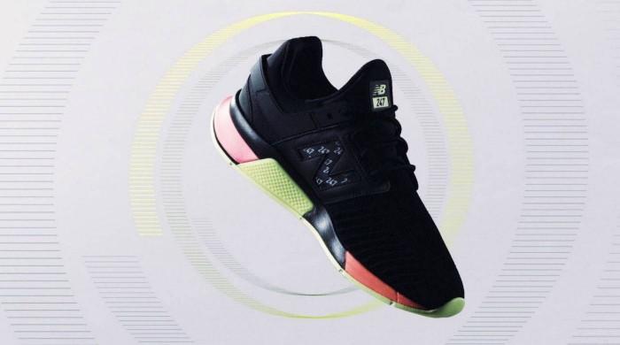 索尼联手New Balance 合力打造双墨水屏运动鞋