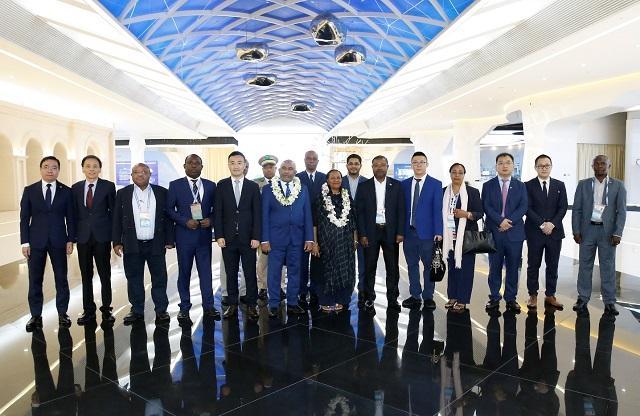 科摩罗总统:希望与华为携手实现2030发展战略
