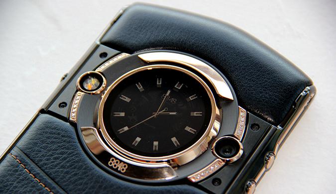 8848 M5巅峰版开箱:一面手机,一面腕表
