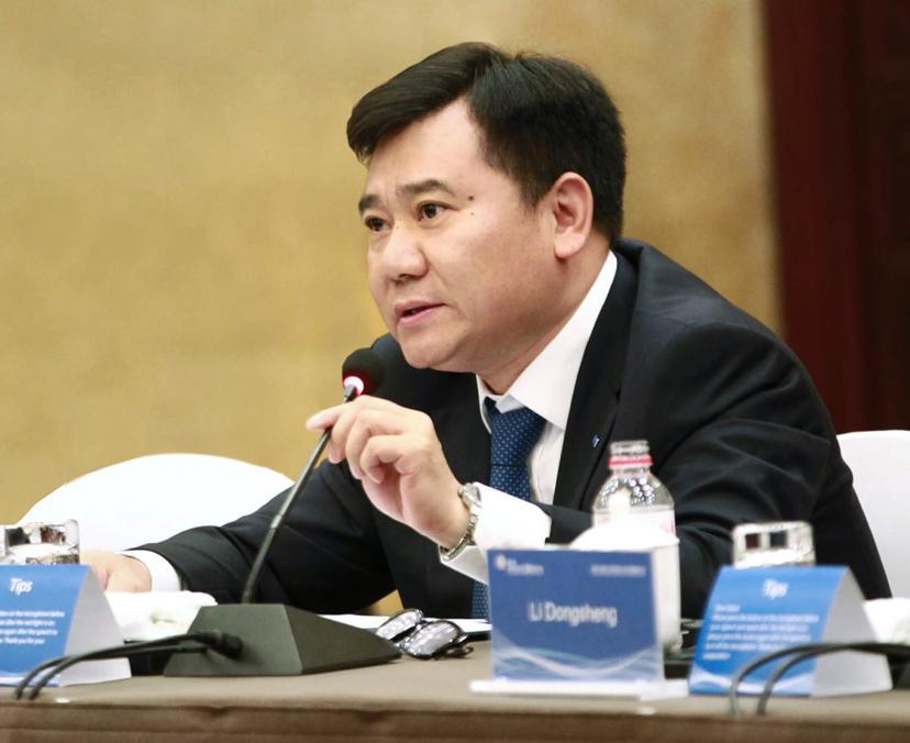 改革开放40年中国民营企业家样本:张近东与任正非