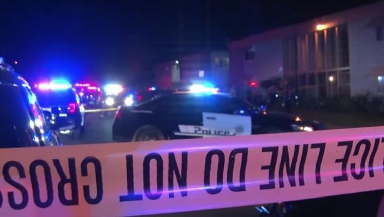 美国加州圣伯纳迪诺突发枪击案 致8人死亡