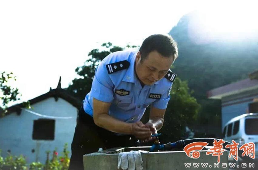 悲痛!蓝田43岁派出所长值班时突发疾病死亡 大儿子刚考上大学