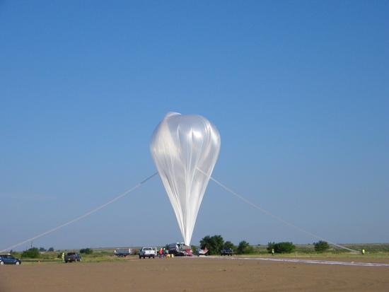 NASA最大零压力气球成功试飞:漂浮至4.8万米高空