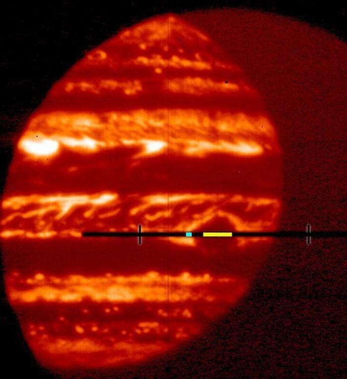 木星大红斑发现水的迹象 含水总量有待确定