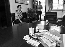 西安43岁派出所所长加班时病倒 抢救无效因公牺牲