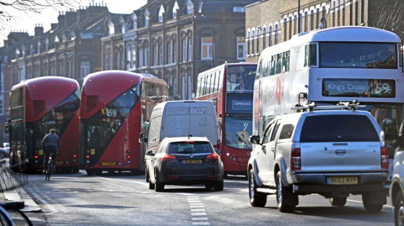 伦敦设立9条燃油汽车限行街道 降低尾气排放
