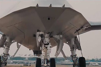 美军最新无人舰载机外形曝光 提升航母打击范围