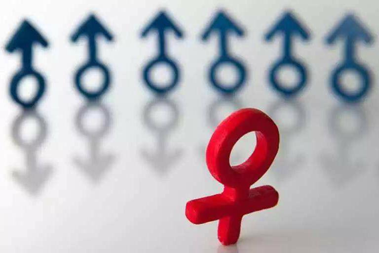 中国00后性别比例失衡加剧 男多女少结婚率继续降