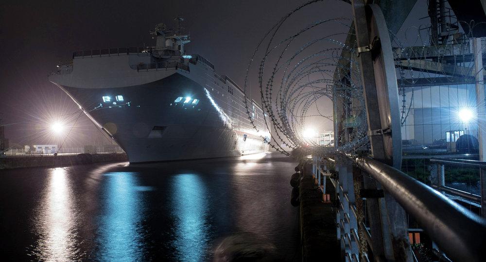 俄海军上将:俄不需要易受攻击的直升机航母