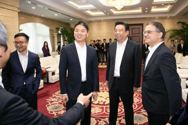刘强东案宴会账单流出?警方:未透露任何文件