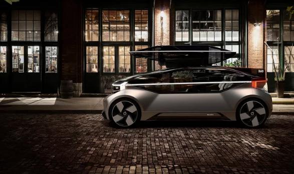沃尔沃展示360c全自动驾驶轿车概念