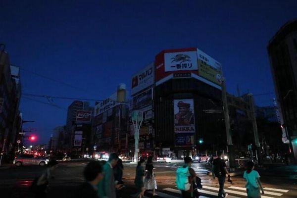 日本北海道大地震致使受灾区域大面积停电