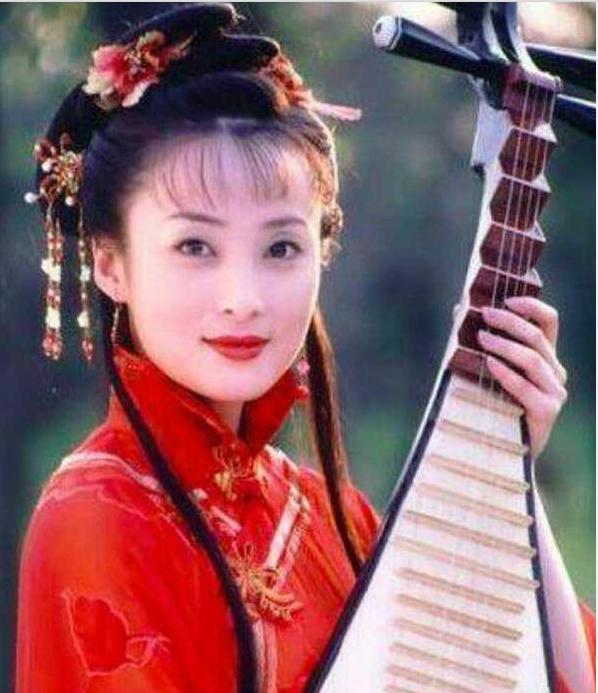 没有玻尿酸的古装美人,王艳上榜,贾静雯第二,第一美得倾国倾城