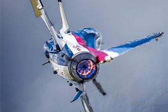 大片!航空开放活动展示大量现役军机