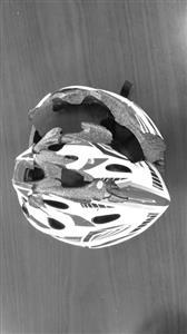 戴上头盔就安全了?儿童运动头盔合格率是0