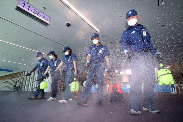 韩国重现中东呼吸综合征21人被隔离 仁川机场加强消毒防疫