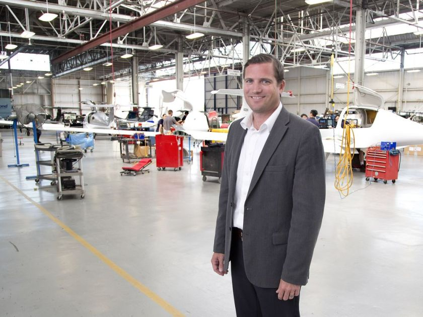 国外飞机制造商兴奋巨大中国市场 迅猛扩大规模