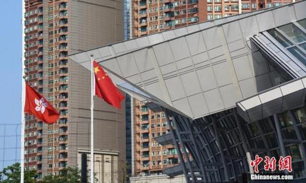 广深港高铁车票今起开售 香港至北京仅需不到9小时