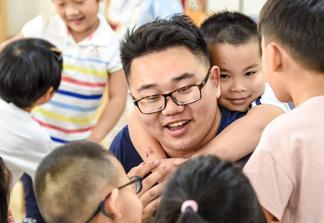 走近3%——幼儿园男教师的幸福坚守
