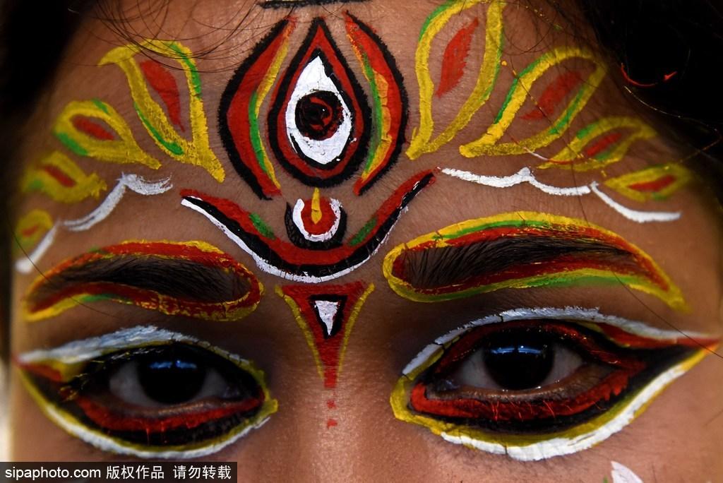 """印度加尔各答组织""""创意之梦""""人体彩绘艺术展"""