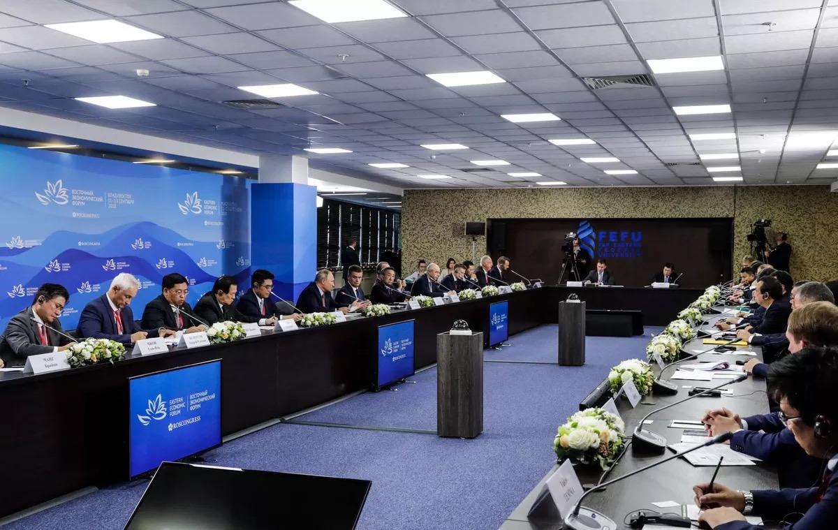 """中国""""数字丝绸之路""""再添范例 马云在俄罗斯""""拓展潜能界限"""""""