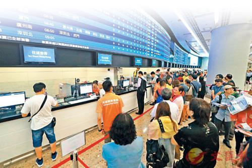 港铁:高铁香港段首日售票6457张 系统有待磨合