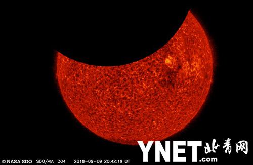 NASA一艘航天器在几个小时内捕捉到两次月球凌日现象