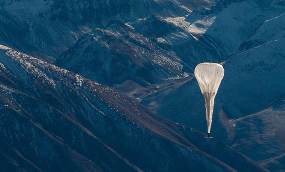 谷歌气球创新记录:7个气球实现1千公里供网距离