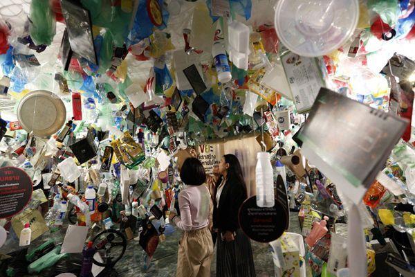 泰国举办塑料垃圾展览活动 提高人们节约意识