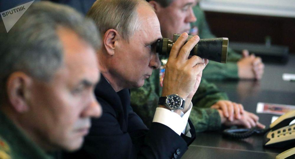 普京将参观中俄军队参加的军事演习 内容:击退假想敌