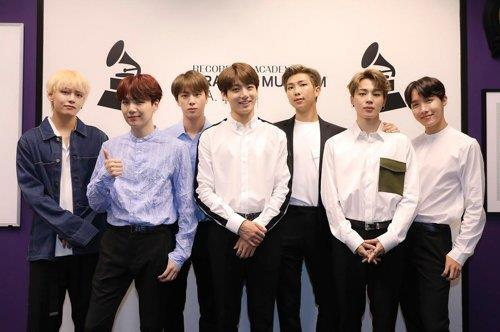 防弹少年团获全美音乐奖提名 为韩国组合首例