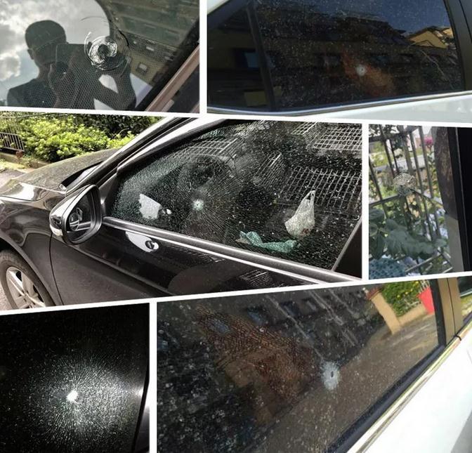 杭州一小区玻璃多次被钢珠击碎:两名物业员工被解雇后泄愤