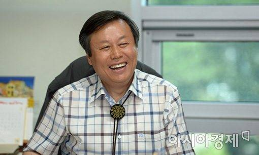 韩国文体部长:想提议中朝日韩合办2030年世界杯
