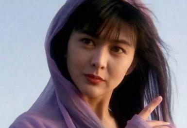 她的美让全香港女人嫉妒,刘銮雄最著名女友,害这位女星终身不孕