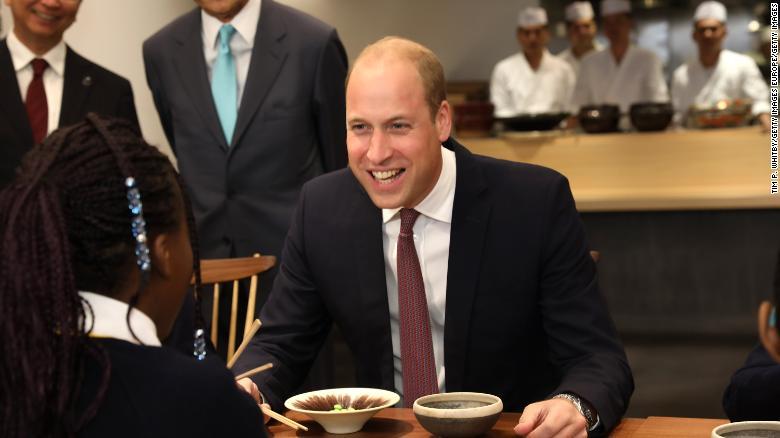 超尴尬!威廉王子把日料说成中餐,还当着日本副首相的面