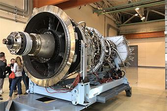 俄发动机厂生产第1000台PS90发动机