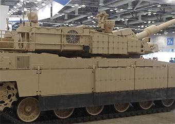 韩国国防展上韩国展示最新K-2黑豹坦克