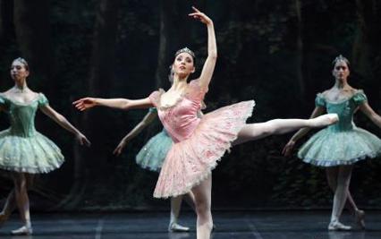 """芭蕾舞剧《堂·吉诃德》空降西安 演绎足尖上的""""欧陆风情"""""""