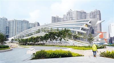 """香港正式迎来""""高铁时代"""" 旅游业摩拳擦掌""""玩高铁"""""""