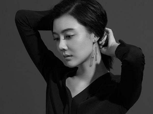 山西首富李兆会与车晓离婚后再娶明星小娇妻,网友:口味没变过