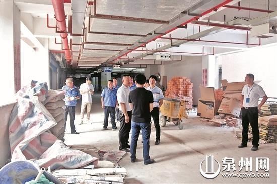 鲤城区住建局开展物业小区扫黑除恶专项检查