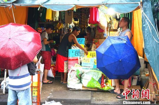 菲3.4万家庭受台风山竹影响 杜特尔特将视察灾区
